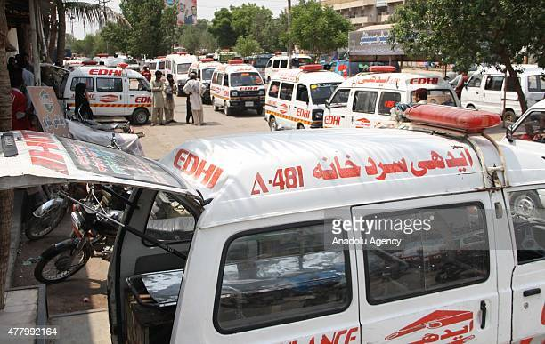 Dead bodies of hot weather victims are being placed at Edhi Morgue on Sunday June 21 2015 in Karachi Pakistan As many as 150 bodies have been shifted...