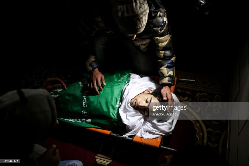 Funeral ceremony of a Palestinian in Gaza : News Photo