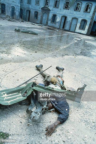 Dead body of a man killed during the US invasion of Grenada | Location Grenada
