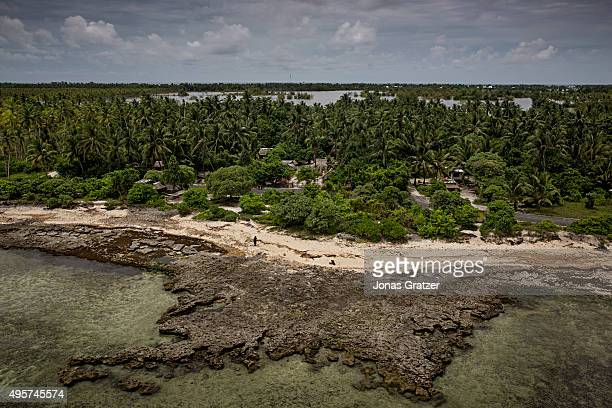 A dead coral reef Several vital coral reefs in Kiribati have been killed by warmer sea temperatures caused by climate change The people of Kiribati...
