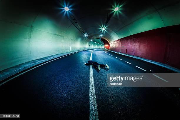 Homme mort dans le Tunnel, Roadkill