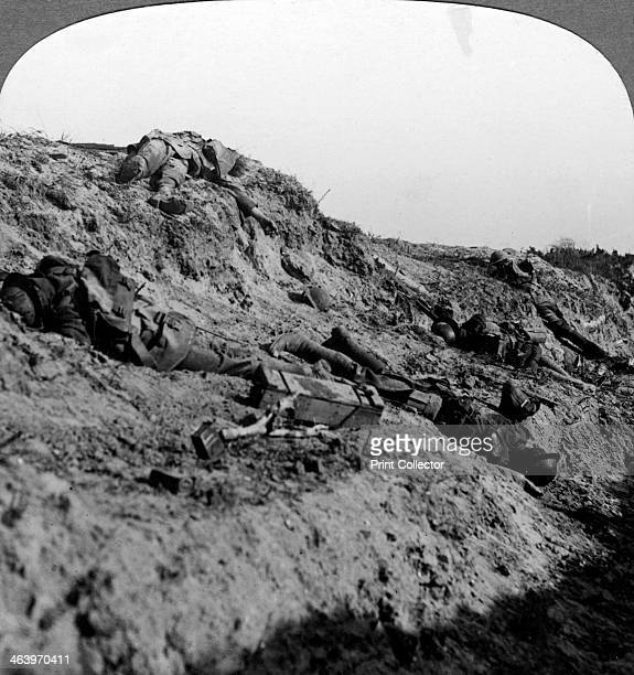 Dead soldiers Vimy Ridge France World War I 19141918 Vimy Ridge was the site of an attack by the Canadian Corps on three divisions of the German 6th...