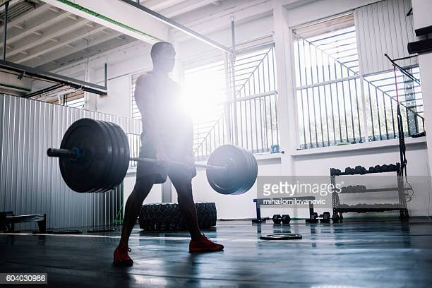 deadlifts - weight stock pictures, royalty-free photos & images