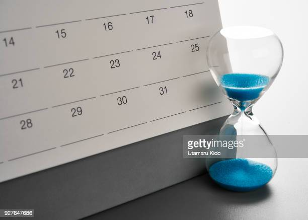 deadline. - semana fotografías e imágenes de stock