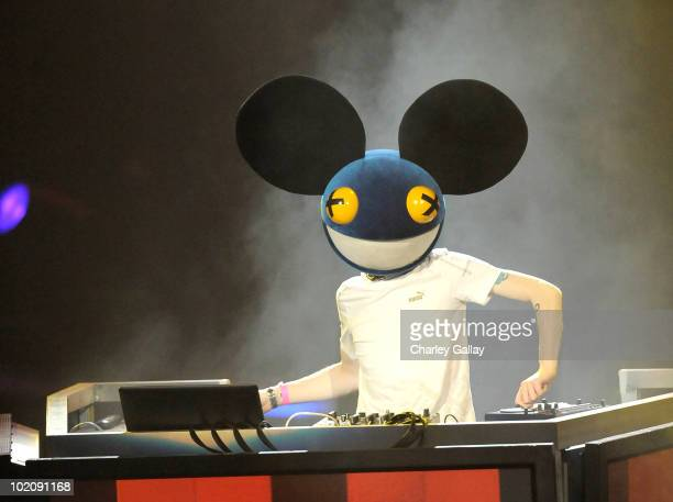 Deadmau5 performs at the Activision E3 2010 preview held at Staples Center on June 14, 2010 in Los Angeles, California.