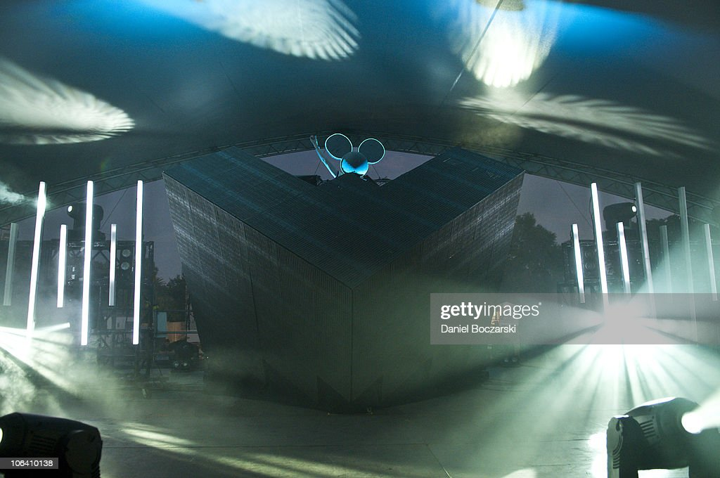 Deadmau5 Performs During The Third And Final Day Of Voodoo