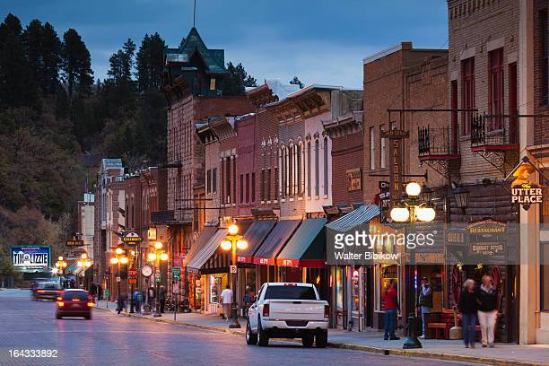 deadwood, south dakota, town view - black hills - fotografias e filmes do acervo