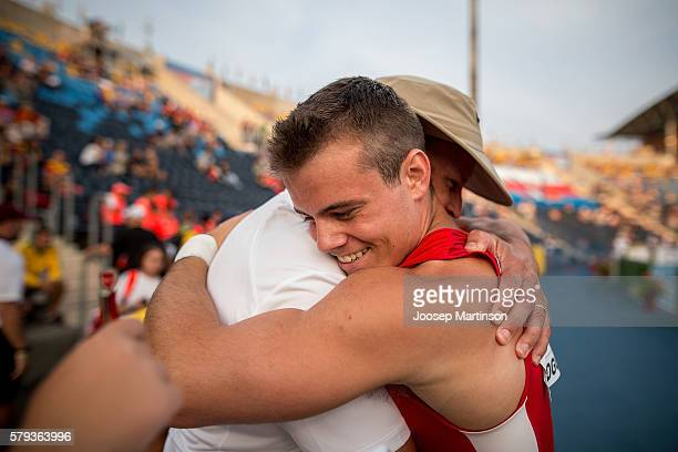Deakin Volz from USA celebrates winning a gold medal in men's pole vault during the IAAF World U20 Championships at the Zawisza Stadium on July 23,...