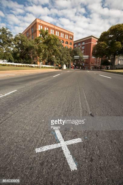 dealey plaza, dallas, texas, usa - asesinato de john f. kennedy fotografías e imágenes de stock
