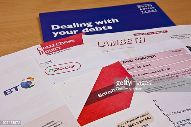 Dealing with debt Household utility bills making it difficult for a British home owner to afford Difficulty paying gas and electricity bills is...