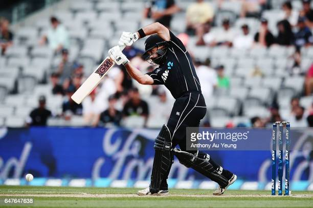 Dean Brownlie of New Zealand bats during game five of the One Day International series between New Zealand and South Africa at Eden Park on March 4...