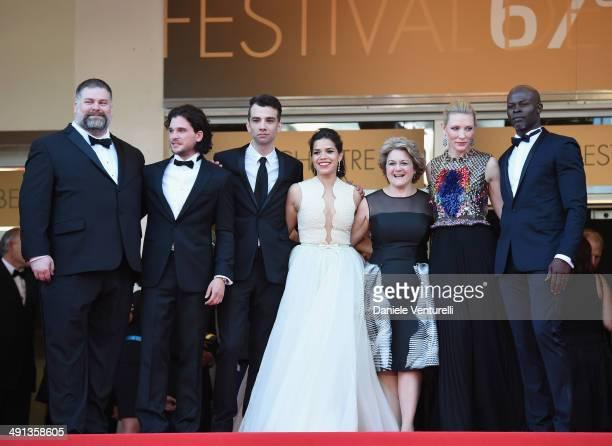 Dean DeBlois Kit Harington Jay Baruchel America Ferrera Bonnie Arnold Cate Blanchett and Djimon Hounsou attend the How To Train Your Dragon 2...