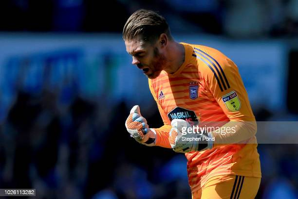 Dean Gerken of Ipswich celebrates as Gwion Edwards of Ipswich Town scores his team's first goal during the Sky Bet Championship match between Ipswich...