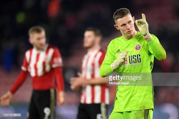 Dean Henderson of Sheffield United acknowledges the fans after the Premier League match between Sheffield United and Manchester City at Bramall Lane...