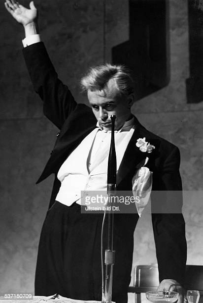 Dean James Actor USA Directed by Josef von Sternberg Scene from the movie 'Giants' USA Film Production Universum Film AG Vintage property of ullstein...