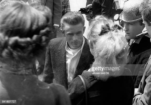 Dean James Actor USA* with fans around 1950 Published by 'Brigitte' 03/1957