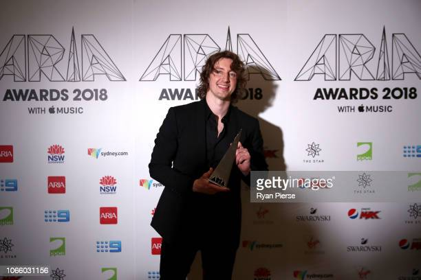 Dean Lewis poses in the awards room with an ARIA for Best Video during the 32nd Annual ARIA Awards 2018 at The Star on November 28 2018 in Sydney...