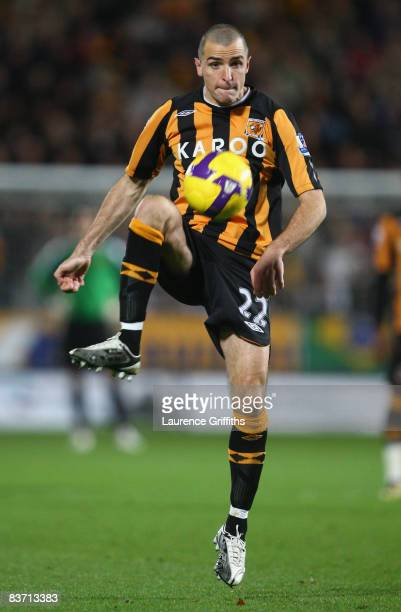 Dean Marney of Hull City in action during the Barclays Premier League match between Hull City and Manchester City at The KC Stadium on November 16...