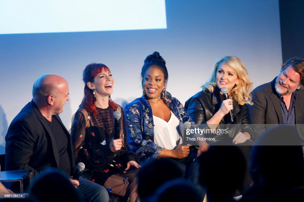 Dean Norris, Carrie Preston, Niecy Nash, Jenn Lyon and Eliot Lawrence speak onstage at the Claws and Cocktails panel during the 2017 Vulture Festival at Milk Studios on May 20, 2017 in New York City.