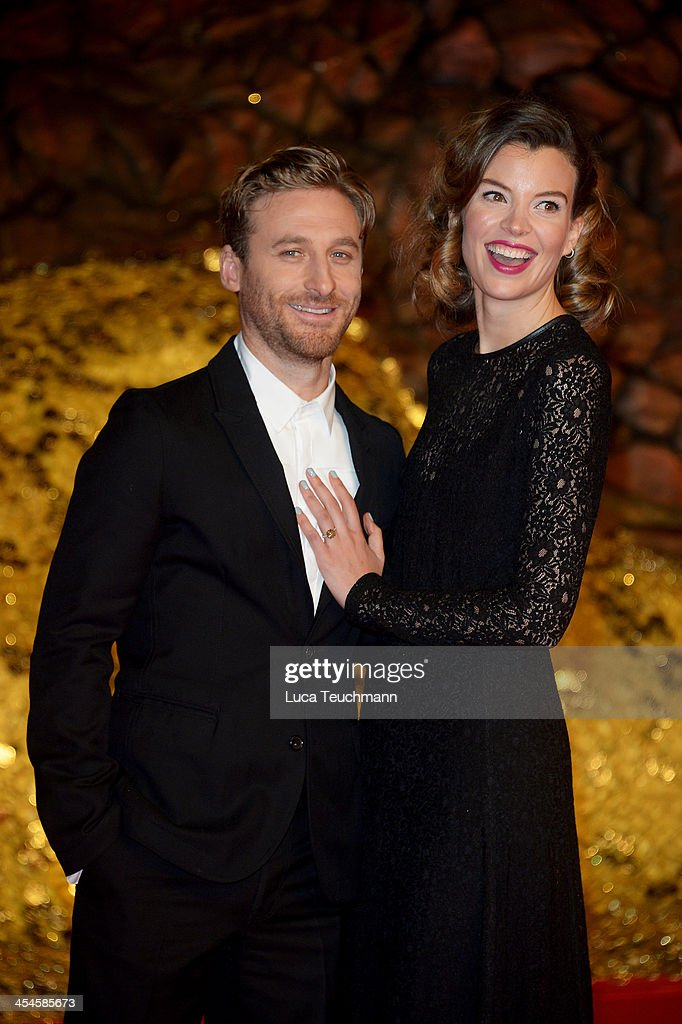 Dean O'Gorman and Sarah Wilson attend the German premiere of the film 'The Hobbit: The Desolation Of Smaug' (Der Hobbit: Smaugs Einoede) at Sony Centre on December 9, 2013 in Berlin, Germany.