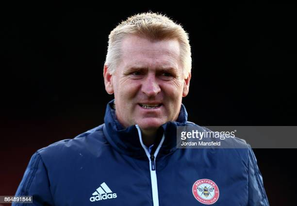 Dean Smith manager of Brentford looks on during the Sky Bet Championship match between Brentford and Sunderland at Griffin Park on October 21 2017 in...
