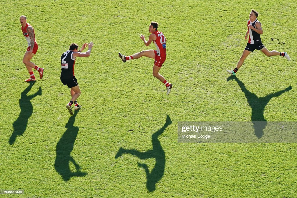 Dean Towers of the Swans kicks the ball for a goal during the round nine AFL match between the St Kilda Saints and the Sydney Swans at Etihad Stadium on May 20, 2017 in Melbourne, Australia.