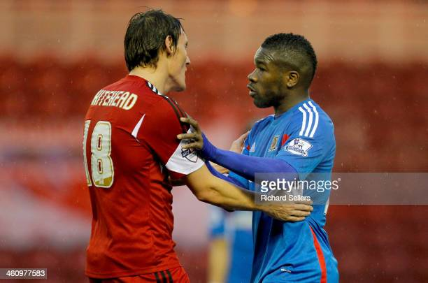 Dean Whitehead of Middlesbrough and Aaron Mclean of Hull confront each other during the Budwieser FA Cup Third round match between Middlesbrough and...