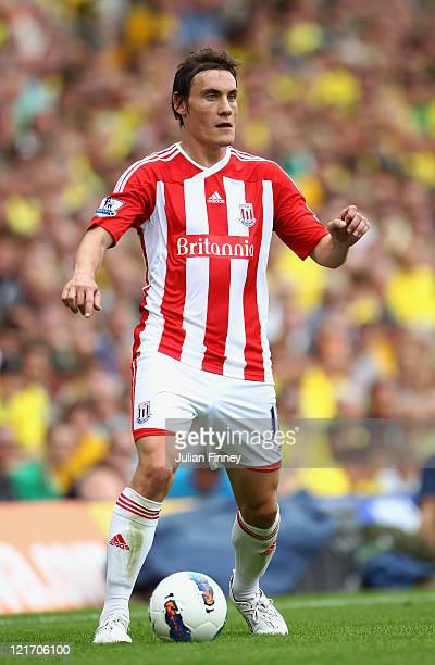 Dean Whitehead of Stoke in action during the Barclay's premier league match between Norwich and Stoke City at Carrow Road on August 21 2011 in...