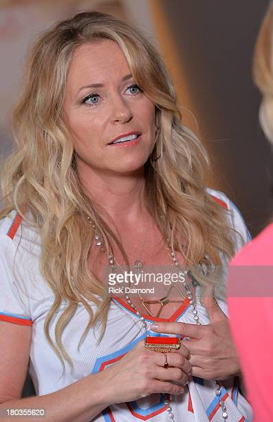 Deana Carter talks with the press about her new record during her record release party for Southern Way Of Life at Warner Chappell on September 11...