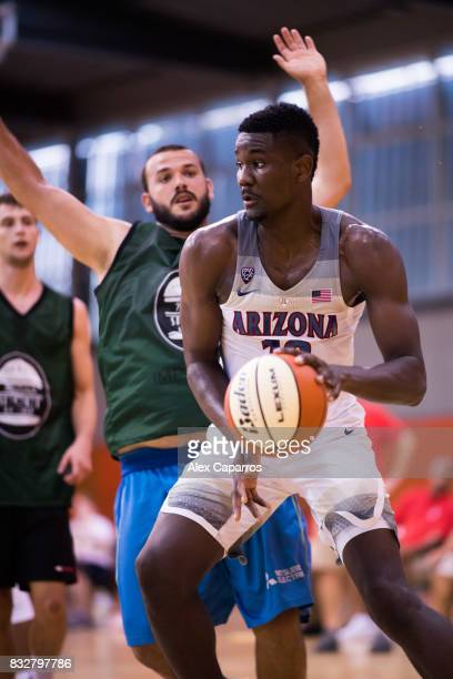 Deandre Ayton of the Arizona Wildcats dribbles during the Arizona In Espana Foreign Tour game between Mataro AllStars and Arizona on August 16 2017...
