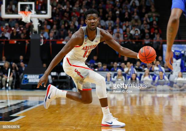 Deandre Ayton of the Arizona Wildcats handles the ball against the Buffalo Bulls during the first round of the 2018 NCAA Men's Basketball Tournament...