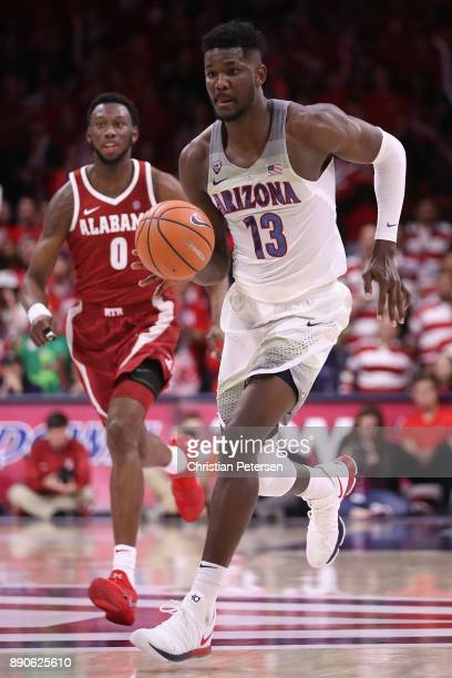 Deandre Ayton of the Arizona Wildcats handles the ball during the second half of the college basketball game against the Alabama Crimson Tide at...