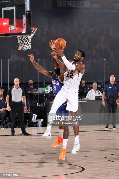 Deandre Ayton of the Phoenix Suns shoots the ball against the Philadelphia 76ers on August 11 2020 at Visa Athletic Center at ESPN Wide World of...