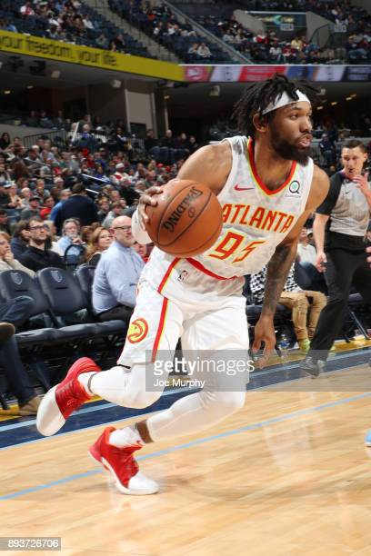 DeAndre' Bembry of the Atlanta Hawks dribbles the ball against the Memphis Grizzlies on December 15 2017 at FedExForum in Memphis Tennessee NOTE TO...