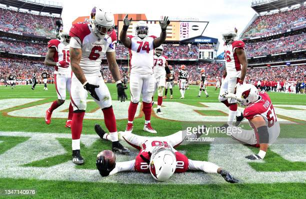 DeAndre Hopkins of the Arizona Cardinals celebrates a touchdown with teammates during the third quarter against the Cleveland Browns at FirstEnergy...