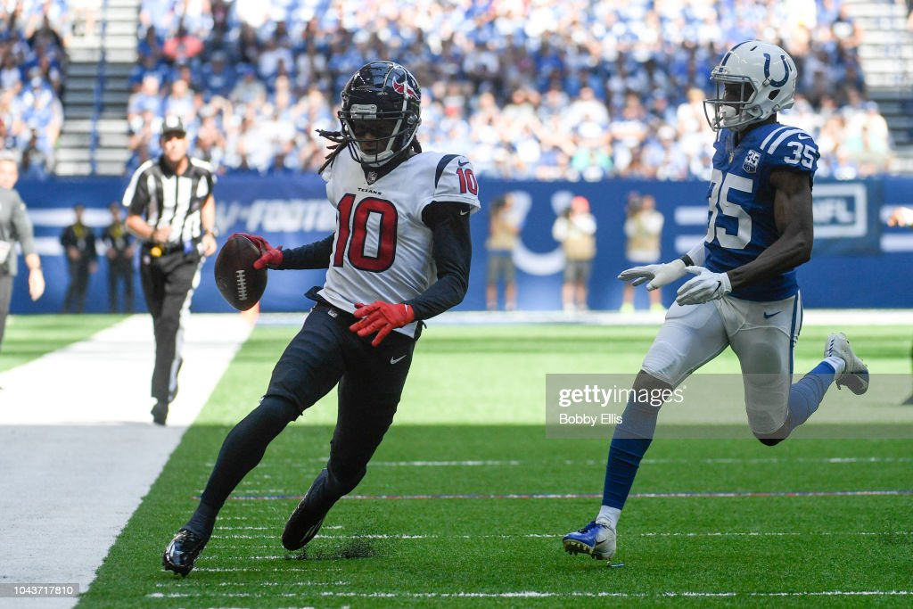 Houston Texans v Indianapolis Colts : News Photo