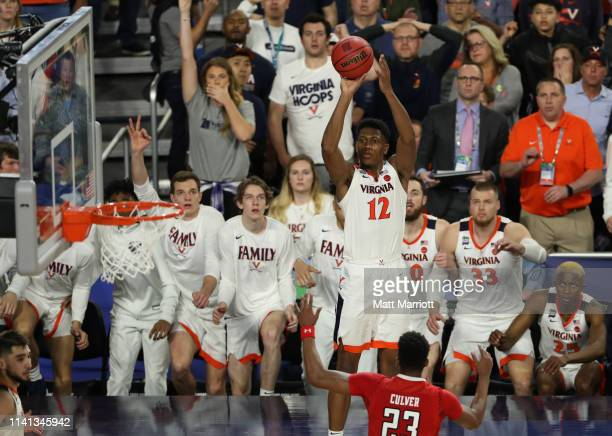 De'Andre Hunter of the Virginia Cavaliers shoots the ball against the Texas Tech Red Raiders during the second half of the 2019 NCAA Photos via Getty...