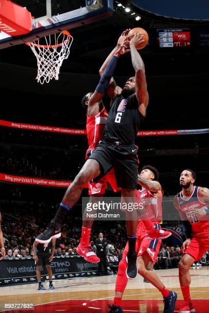 DeAndre Jordan of the LA Clippers shoots the ball during the game against the Washington Wizards on December 15 2017 at Capital One Arena in...