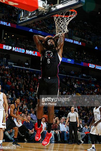 DeAndre Jordan of the Los Angeles Clippers dunks the ball against the New Orleans Pelicans on December 31 2015 at the Smoothie King Center in New...