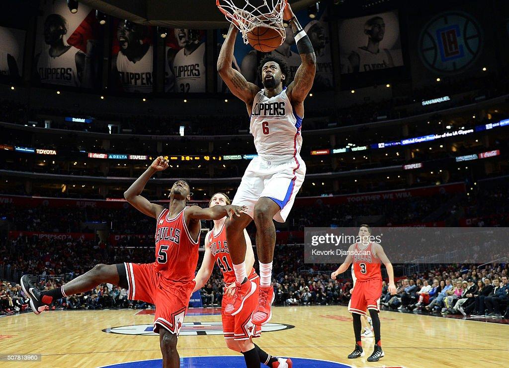 cbc90ec94663 DeAndre Jordan of the Los Angeles Clippers slam dunks against Bobby ...