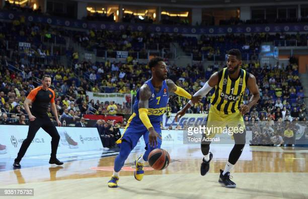 Deandre Kane #7 of Maccabi Fox Tel Aviv in action with Jason Thompson #1 of Fenerbahce Dogus during the 2017/2018 Turkish Airlines EuroLeague Regular...