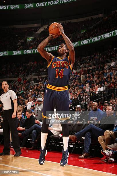 DeAndre Liggins of the Cleveland Cavaliers shoots the ball during a game against the Detroit Pistons on December 26 2016 at The Palace of Auburn...