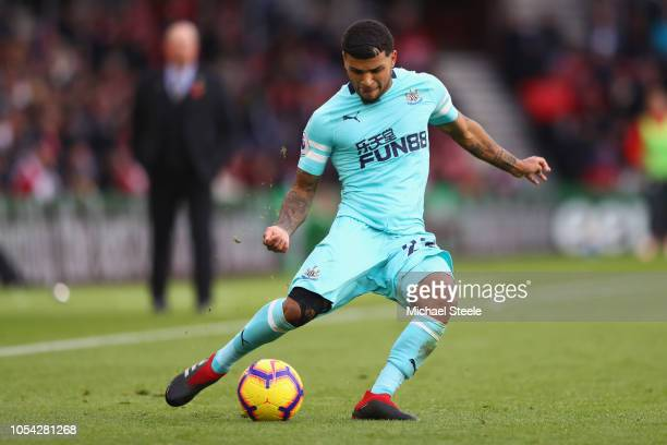 Deandre Yedlin of Newcastle United during the Premier League match between Southampton FC and Newcastle United at St Mary's Stadium on October 27...