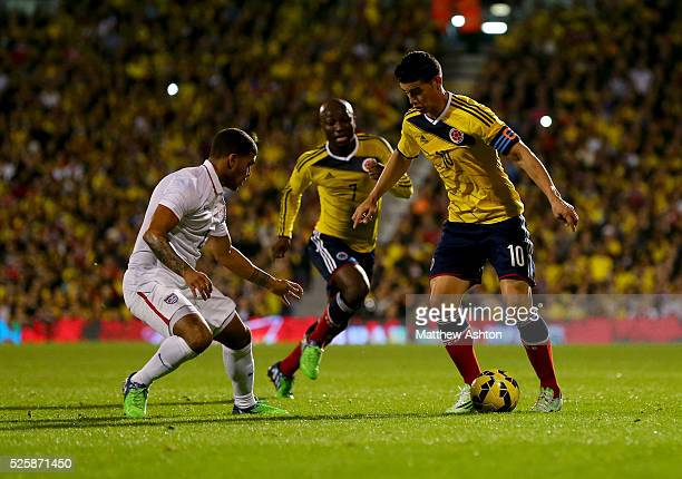 DeAndre Yedlin of USA marks James Rodriguez of Colombia