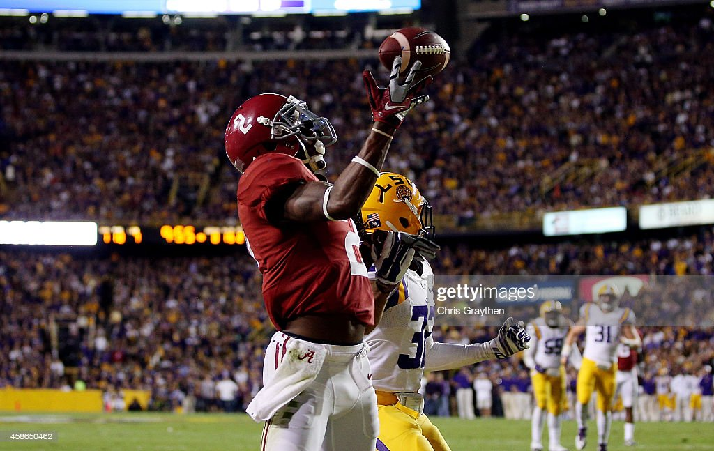 Alabama v LSU : News Photo