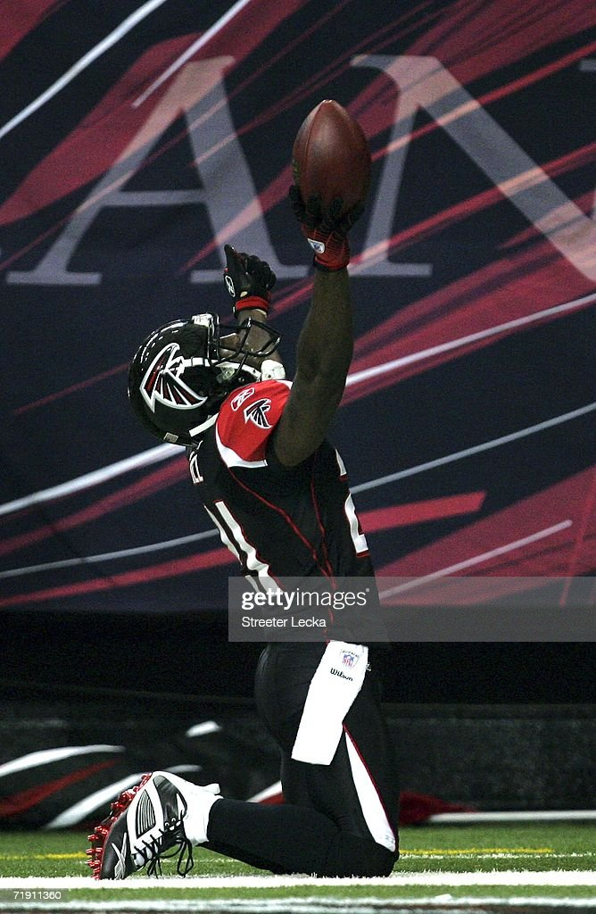 Tampa bay buccaneers v atlanta falcons photos and images getty deangelo hall 21 of the atlanta falcons celebrates after an interception during their game against voltagebd Choice Image