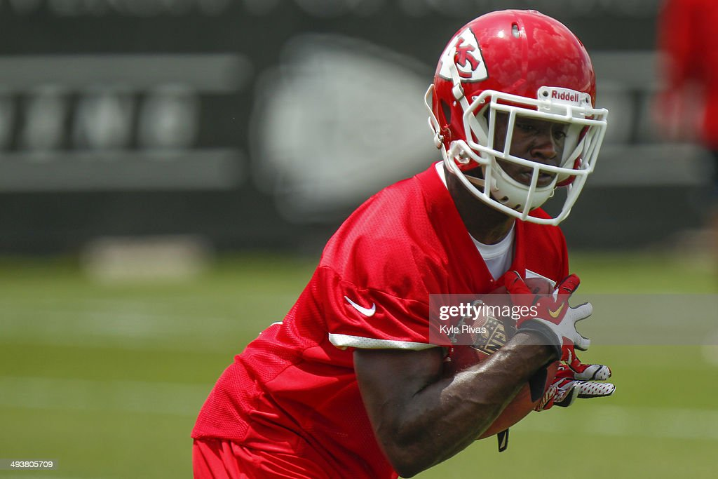 De'Anthony Thomas #1 of the Kansas City Chiefs catches a punt in drills during the Rookie Minicamp May 25, 2014 at the Chiefs Training Facility in Kansas City, Missouri.