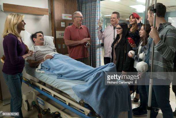 FAMILY 'Dear Beloved Family' 'Modern Family' celebrates its milestone 200th episode Gloria has to rush Phil to the hospital for an emergency surgery...
