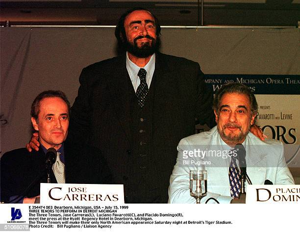 Dearborn Michigan Usa July 15 1999 The Three Tenors Jose Carreras Luciano Pavarotti And Placido Domingo Meet The Press At The Hyatt Regency Hotel In...
