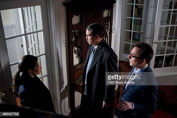 Death Benefit Reese poses as a Secret Service agent to get close to the latest POI a US congressman who may hold the key to derailing Decima's plans...